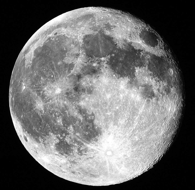 Japanese Corporation Plans To Turn Moon Into Massive Solar Power Plant